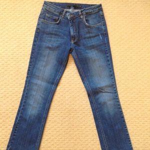 Victoria Beckham Vintage Indigo cropped jeans
